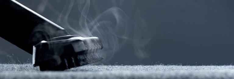 nettoyage de moquette avec une machine de nettoyage vapeur